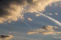 蓝天下的云彩