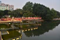 湖泊小桥夜景