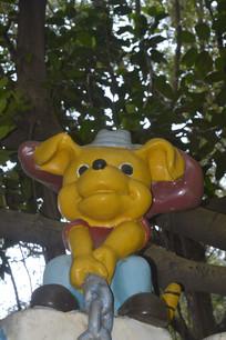 彩色卡通猪瓷雕