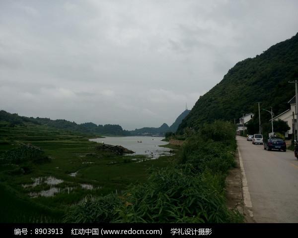 清镇红枫湖畔图片
