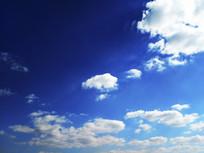 湛蓝天空白云