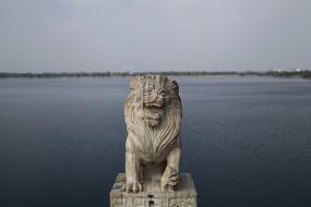 大理石狮子石像雕塑