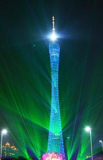 广州塔地标建筑夜景