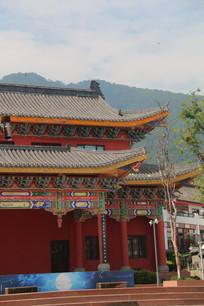 中式建筑一侧
