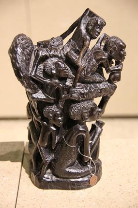 非非洲木雕人群柱子