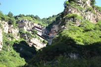 白人岩上的寺庙