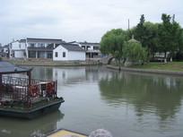 苏州河畔的江南景色