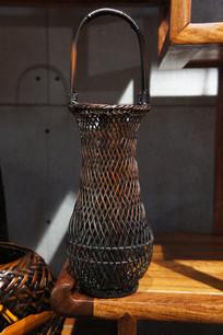竹子编织花瓶