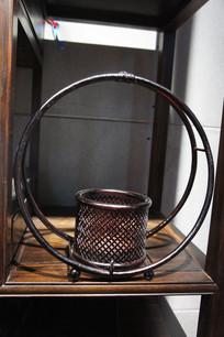 竹子编织圆形花器