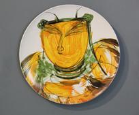 彩色色人物画瓷盘
