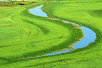草原河流月牙湾