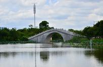 湖泊小桥风景