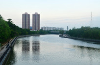 江河高楼大厦风景