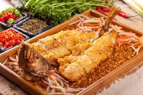 蒜香海鲈鱼