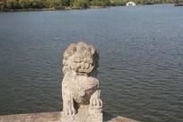 湘湖石狮子与碧水
