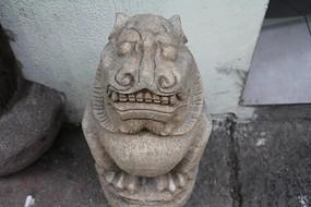 杭州小河直街石狮子雕塑