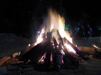 篝火晚会燃烧的火苗