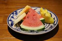 西瓜瓜菠萝水果碟