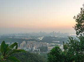 拂晓的惠州市区