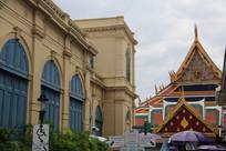 欧式建筑与泰式风格建筑