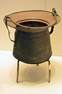 三角架铜锅