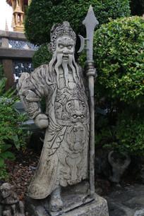 泰国版的中国门神雕像