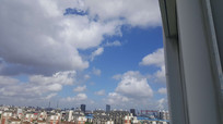 天空白色的云朵
