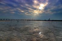 天空下的沙滩
