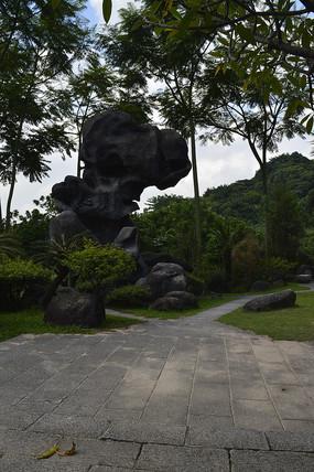 奇形怪状的岩石景观