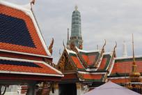 玉佛寺的寺庙屋顶