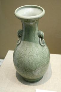 绿色花卉纹双耳瓶