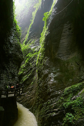 武隆地缝峡谷溪流