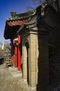 小河古村菩萨庙外景