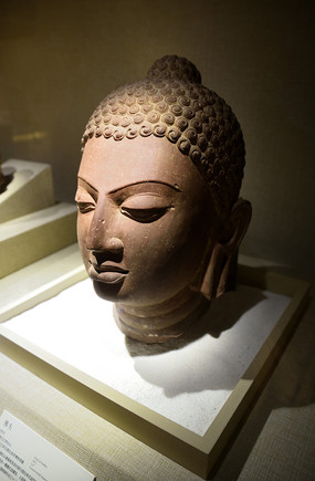 精美的佛教雕刻艺术