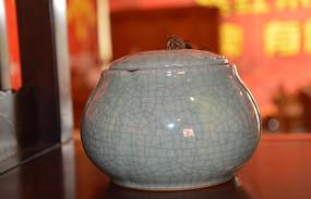 裂纹陶瓷茶叶罐