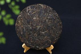 普洱茶饼生茶