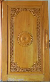木质门花纹雕刻
