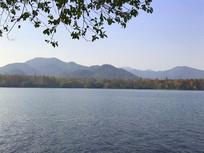 杭州西湖绵延山峰