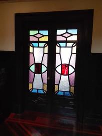 老洋房彩色玻璃门