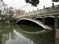 温州九山湖上的一座桥
