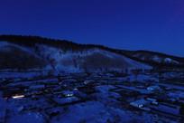 森林小镇夜景雪景(航拍)