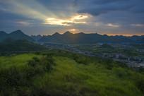 贵阳市郊晚霞美景