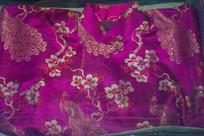 民国红色旗袍古典花纹