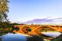 太阳岛公园大桥倒影
