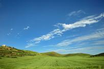 蓝天白云草原美景