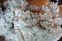 巨型水锌矿