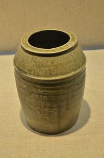 东汉越窑青瓷水井