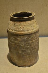 西汉原始瓷水井