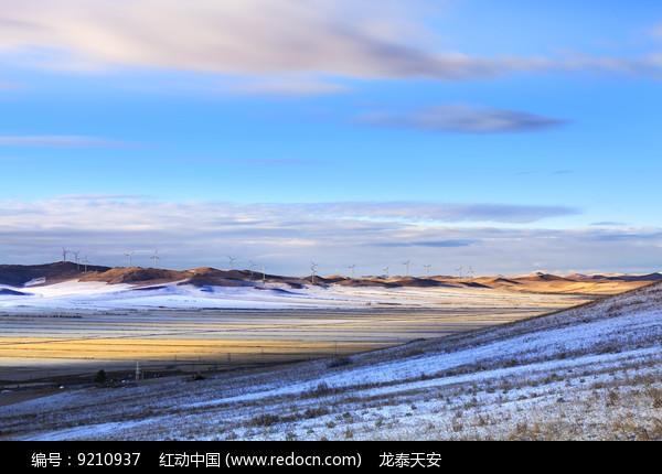 额尔古纳湿地第一场雪图片