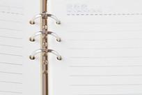 崭新的活页笔记本